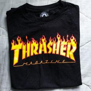 THRASHER Flames logo graphic 100% cotton tshirt S